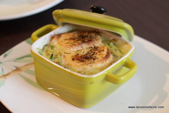 Ch vre chaud sur fondue de courgettes for La cuisine facile