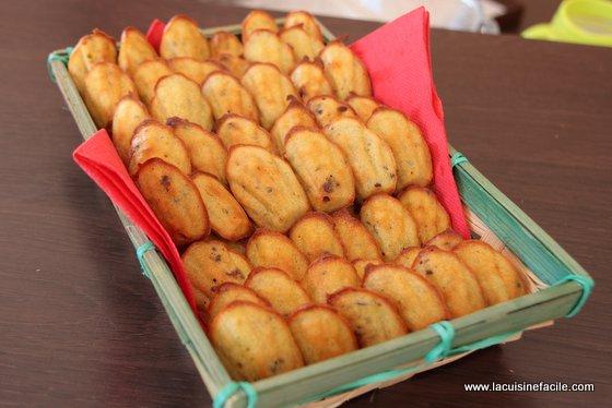 Mini madeleines roquefort et noix