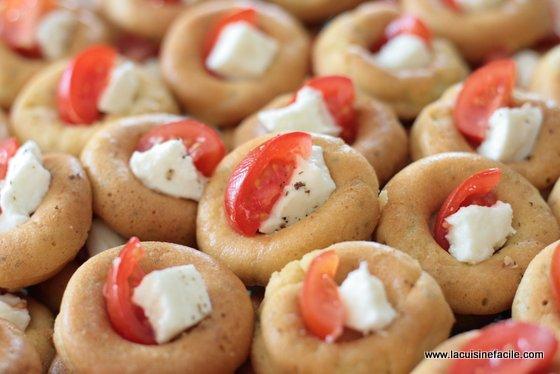 Mini baba la courgette mozzarella et tomate cerise for La cuisine facile