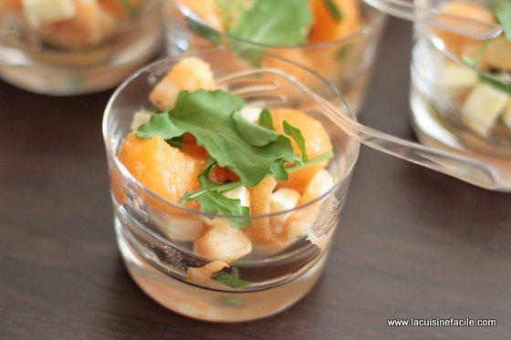 Verrine de melon, feta et crevettes marinées