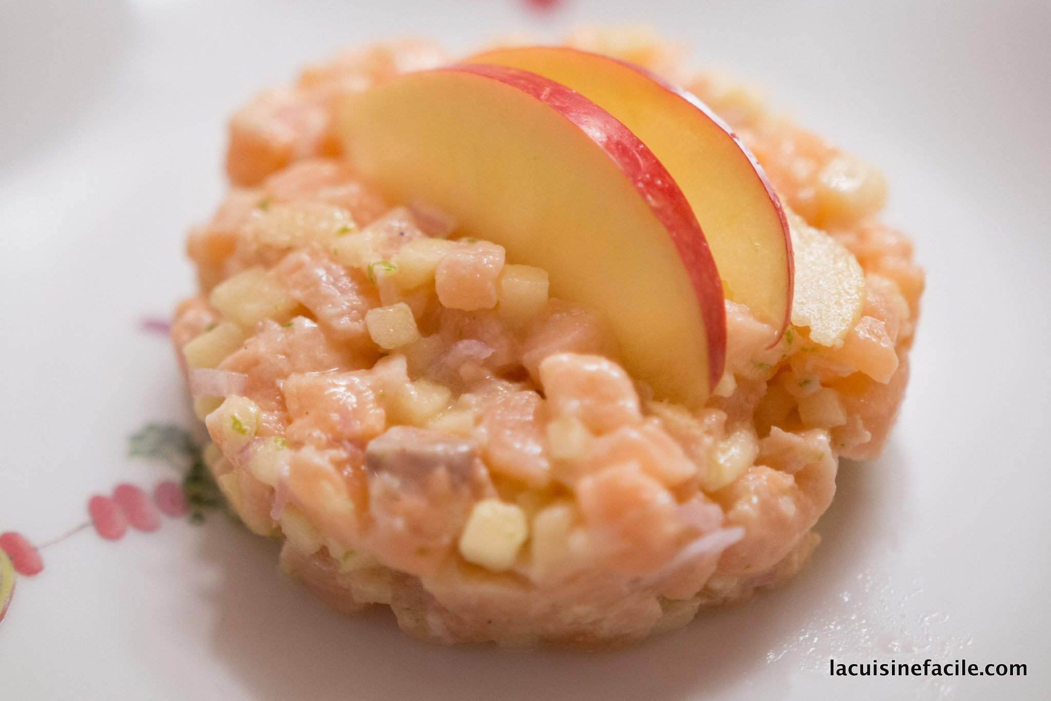 Tartare de saumon frais et pomme